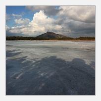 Na zamrzlém jezeře